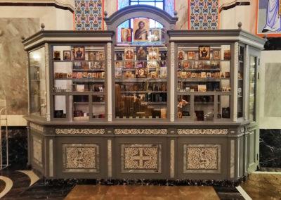 Церковная лавка для собора