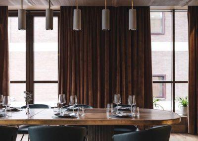 коммунальные столы снова в моде