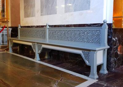 Изготовление скамеек для храма