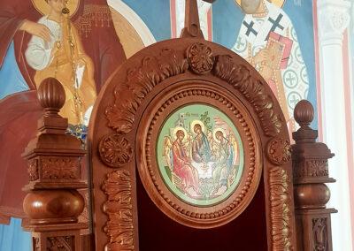 Церковное седалище для храма
